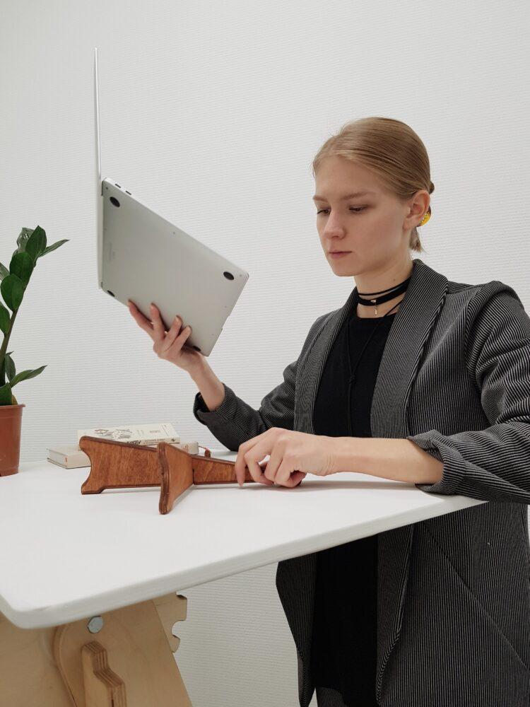Подставка для нетбука или макбука