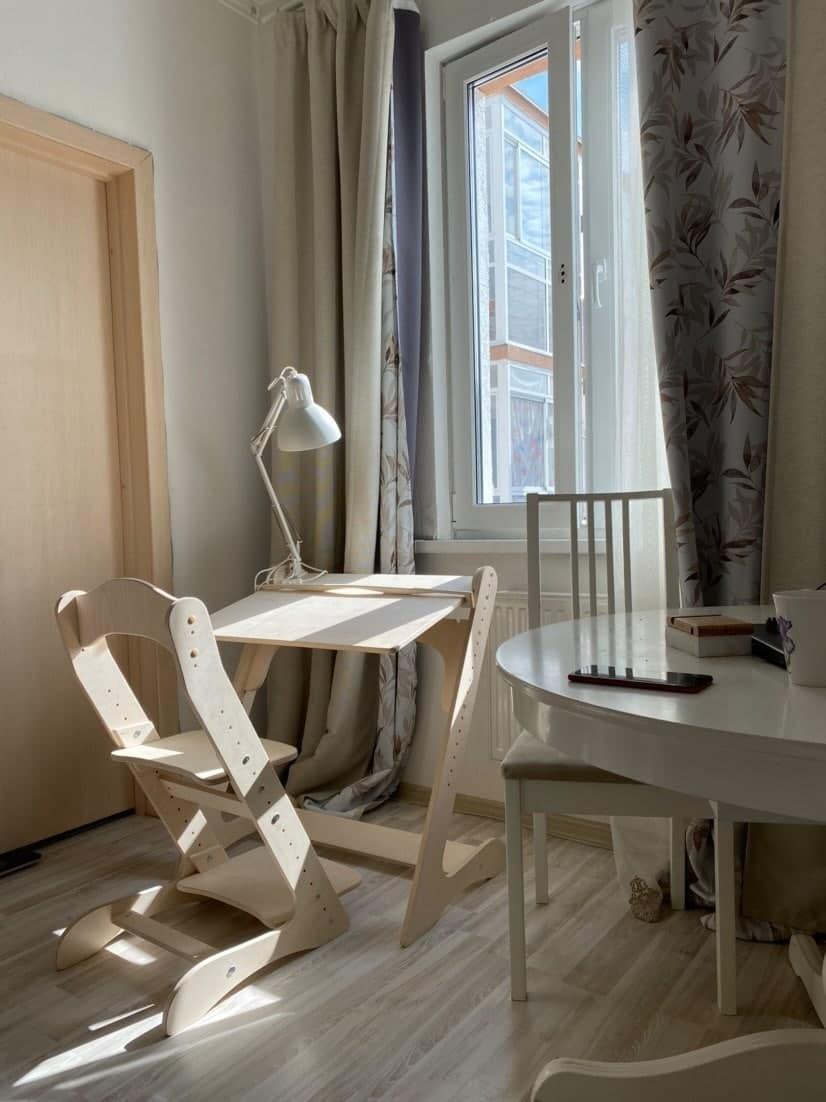 Комплект, парта и растущий стул