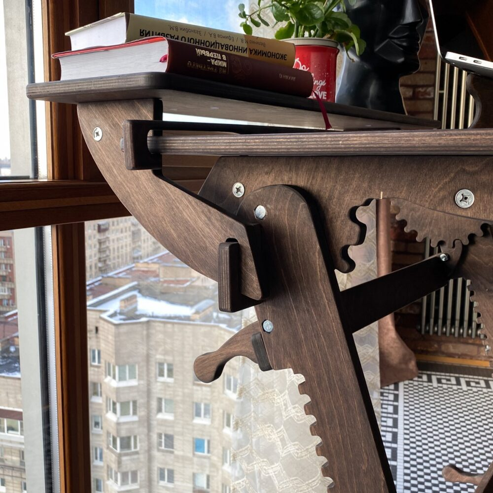 Конторка «Эврика» для работы стоя на рост 120-190 см, премиум, темный орех