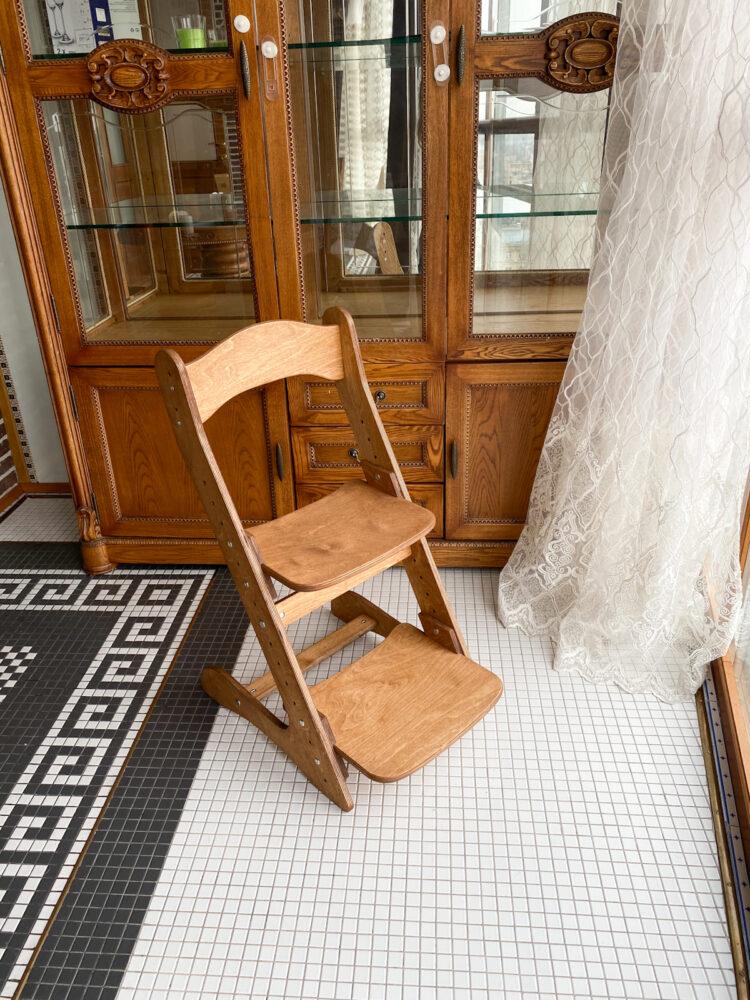 Растущий стул для детей «Компаньон» золотой дуб