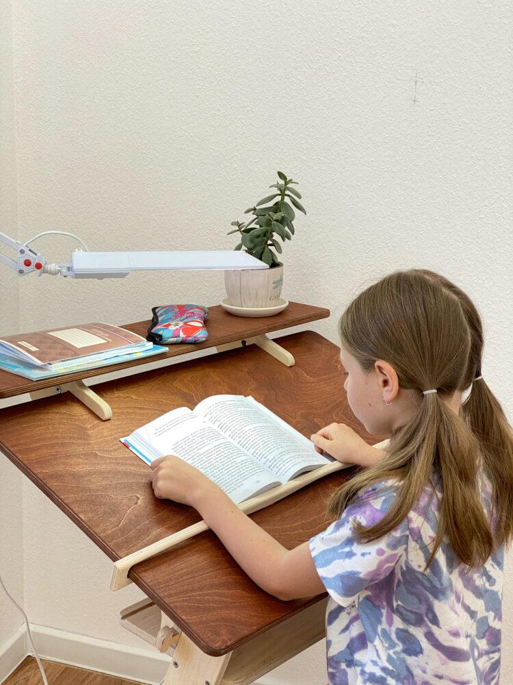 Комплект для школьника: растущая парта + стул