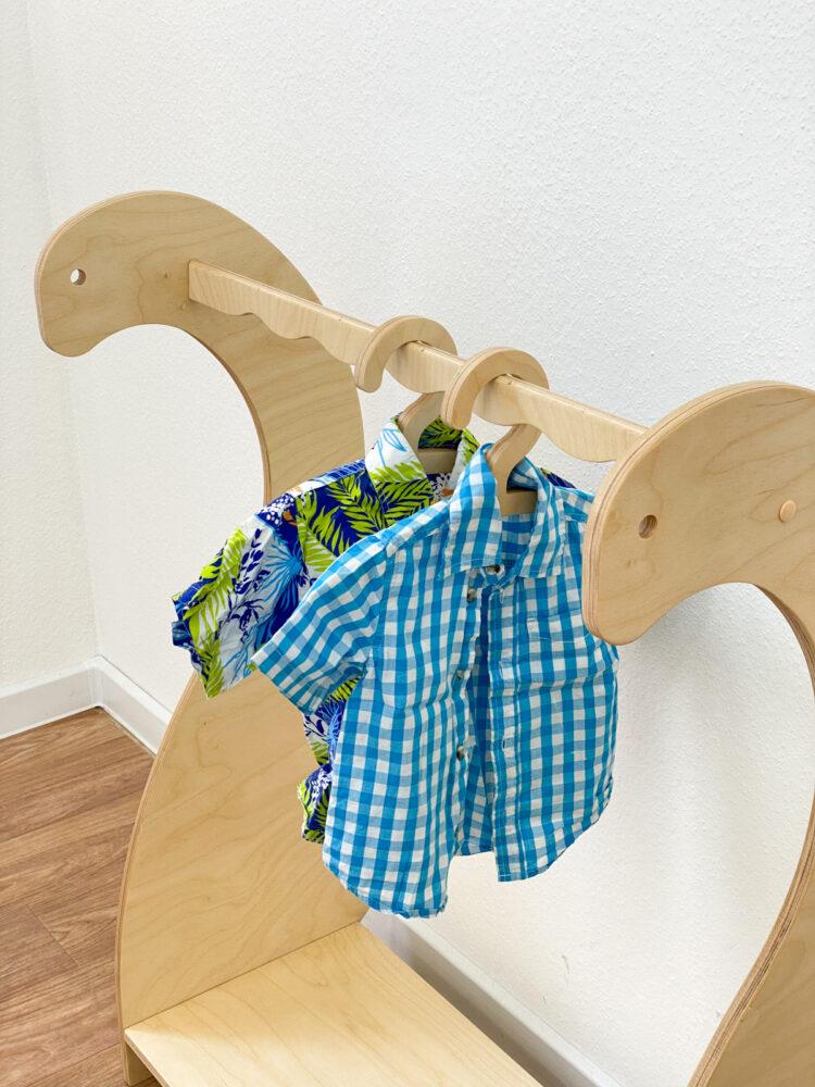Детская напольная вешалка Динозаврик